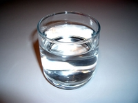 Glass_of_water_2